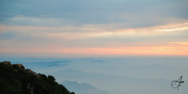 Mont Taishan Chine, l'aurore, photo prise dès l'aube le 04 aout 2008